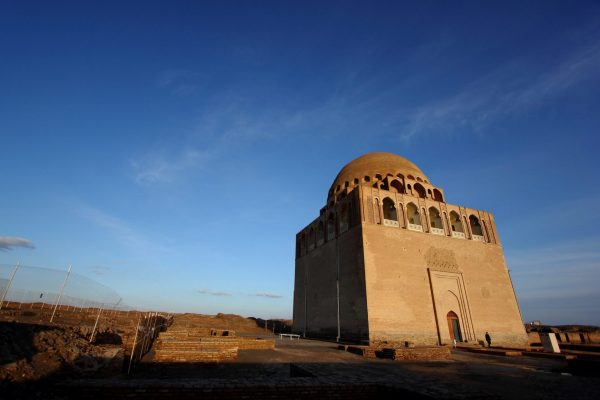 silk road, on a Turkmenistan tour